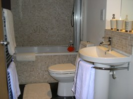 Bathroom Holiday Apartment Scarborough